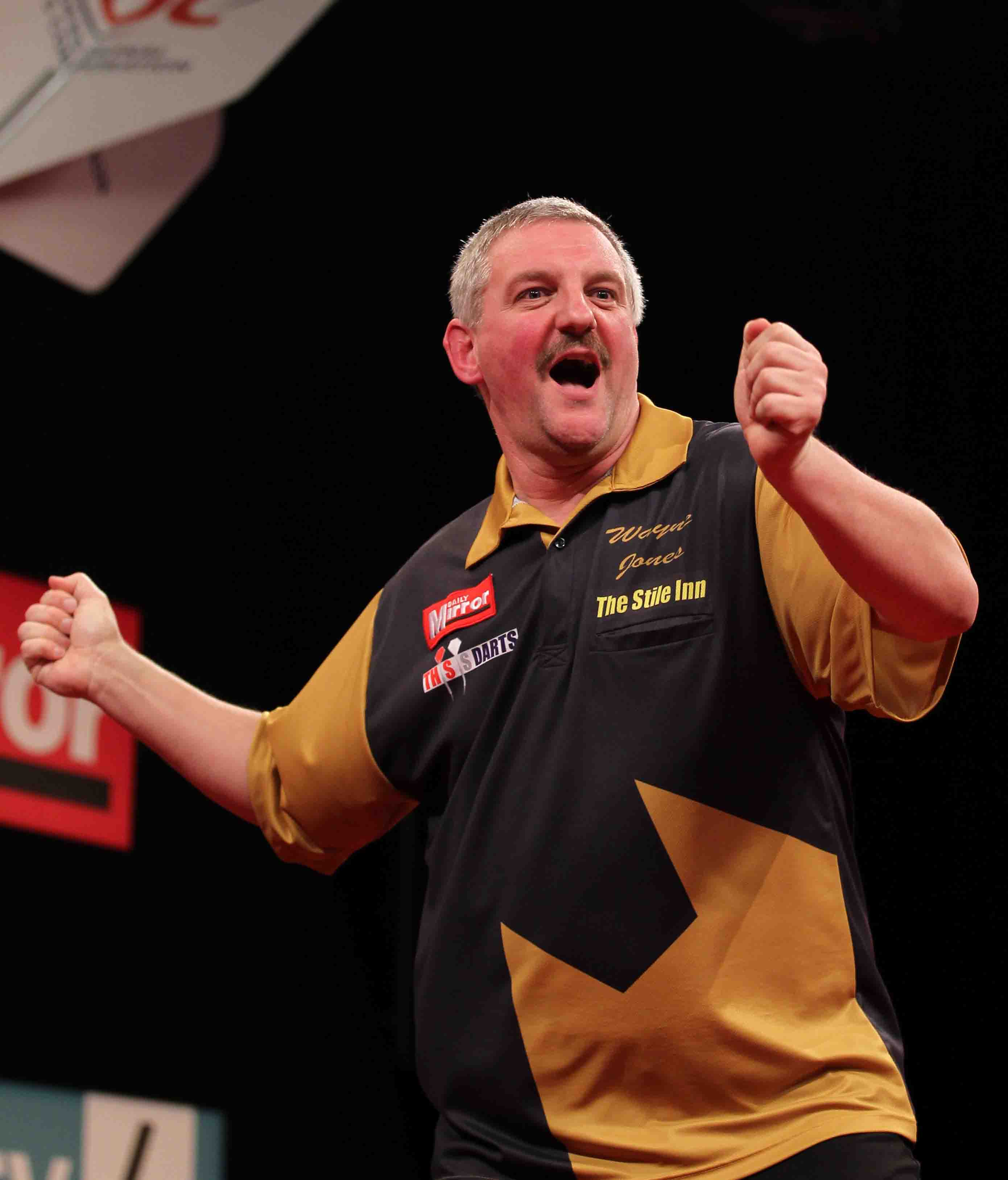 Wayne Jones Darts